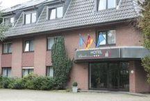 AKZENT Hotel Borchers*** / Im Herzen des Emslandes, nahe der Niederlande, ist das AKZENT Hotel Borchers in Dörpen ein idealer Ausgangspunkt für vielseitige Entdeckungstouren und Radwanderurlaube. Das Restaurant mit 90 Sitzplätzen bietet neben regionalen und traditionellen Speisen aucht gut bürgerliche sowie gehobene nationale und internationale Gaumenfreuden.  || Kontakt: AKZENT Hotel Borchers, Neudörpener Straße 48-52, 26892 Dörpen | Tel.: +49 (0)4963 91930 | E-Mail: info@hotel-borchers.de | www.akzent.de/doerpen