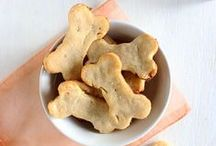Homemade Dog Treat Recipes / Homemade Dog Treat Recipes from LolaThePitty.com and other awesome sites!
