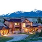 Mountain Timber Frame Homes / Mountain timber frame houses have amazing views and homes that often fit right in with the environment. Explore more mountain timber homes and find inspiration for your own build.