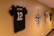 New Orleans Saints / New Orleans Saints jerseys display using the Ultra Mount jersey display hanger. A great affordable alternative to jersey frames.