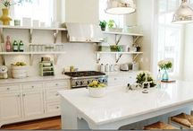 Decorating - Kitchen / by Kimberly Sutor
