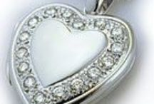 White Gold Lockets / White Gold Lockets
