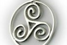 Irish Pendants and Lockets / Our Collection of Irish Celtic Jewelry