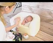 Posing newborn - posing couch / You got a problem about the condition of a newborn session? You don't know how to go about it? You wanna get shot?  Our pillow is just to make your job easier. :)