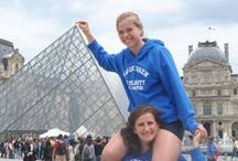 Summer Holiday Photo Campaign / Where are Wageningen University students during the summer of 2013? They travel the world! Spread the WURd gathered holiday pictures of several students in their Wageningen University t-shirts/sweaters.