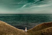 s[E]a-scape / ~The sea, once it casts its spell, hold one in its net of wonder forever~