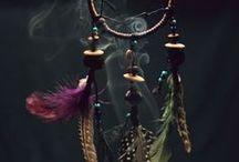 Magie et croyances anciennes / by Christine Guillot