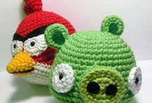 Crochet games/tv