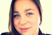 Maya Stevens /  Mijn naam is Maya Stevens, 23 jaar.  Ik begon met studeren in de richting styling en interieur op het 'oude' SintLucas en fotografie op het KW1C. Na 6 jaar gestudeerd te hebben op creatief vakgebied vond ik het hoog tijd mijn (vak)kennis en aabod uit te breiden met een theoretische, zakelijke opleiding. Momenteel studeer ik namelijk marketing en communicatie op ROC de Leijgraaf in Oss.