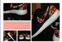 Custom Roshes / www.eshays.com  #Nike #RosheRun #Rosheporn #Nikerosheruns #Customroshes #paintedroshe #americanflag #floral #fashion #style #stylish #love #TagsForLikes #me #cute #photooftheday #shoes #shoe #kicks #TagsForLikes #instashoes #instakicks #sneakers #sneaker #sneakerhead #sneakerheads #solecollector #soleonfire #nicekicks #igsneakercommunity #sneakerfreak #sneakerporn #Eshays @eshaysdesigns