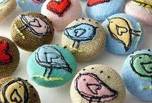 Buttons! / Buttons to embellish knitting and crochet