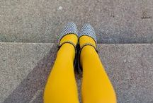 Yellow tights / Yellow tights strangest color ever