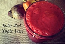 morning charge smoothies and juicing / by Kim Bramlett