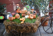 Halloween at the Cottage / Halloween at Cottage Home and Garden is so much fun. Check out our spooky and glitter-filled displays!