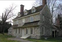 Colonial Houses and Interiors / Colonial House Interiors, Colonial House Exteriors, Colonial Furnishings, Primitives, Colonial Furniture, Colonial Bedrooms, Colonial Keeping Rooms, Colonial Dining Rooms, Colonial Kitchens