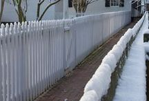 Fences & Gates / 18th Century Fences, Colonial Fences, Country Fences, Fences, Contemporary Fences, Snake Rail Fences, Picket Fences, Metal Fences, Wood Fences, Gates