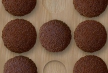 Cupcakes/Cookies/Cake/Brownies / by LacquerNirvana