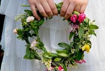 | FLOWER GARLANDS & BOUQUETS |