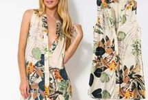 Blusas Femininas Florais / Moda Feminina Calitta   Blusas e Camisas Florais Estilosas e lindas para o look perfeito. Ideia Moda praia e verão para as mulheres.