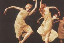 Danse, mouvement et costume