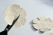 Handmade flowers / Pour apprendre à faire des fleurs et des rosettes en dentelle, en ruban ou en papier.