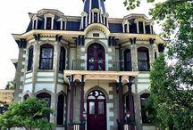 Casas antigas ,mansões palácios edifícios