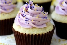 !Cupcakes! / Cupcakes! This is a public pin board for all of you fans of cupcakes, whether you like to bake them or just like to look at the delicious looking pictures. Please NO ADVERTISING. Stick with the theme and invite some like minded pinners. Enjoy!!