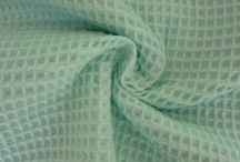 Wafelstof / Deze mooie wafelstof wordt veel gebruikt in de babykamer. De stof bestaat uit 100% katoen. Wafelstof heeft de eigenschap dat het veel vocht opneemt.