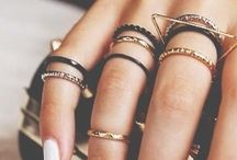 Bijoux Fantaisie / #jewelry #stackablejewelry #bracelets #earing #creatice #homemade