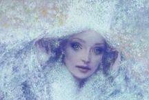 Bienvenue dans mon Royaume / Contes de fées et merveilleux. Les plus jolies illustrations, celles qui nous transportent dans un royaume sans limites ni frontières : l'imaginaire. / by Chouquette