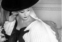 [ vintage ] / Vintage women's fashion. / by Jordani Sarreal