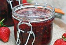 Making Preserves and Jams / Homemade Jams, Jellies, Syrups