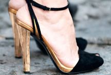 SCARPE / by Dimitra