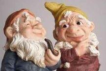 Gnome / Wood carving of. Figures Dwarves.