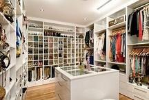 Walk in wardrobe heaven!! ♡♡♡