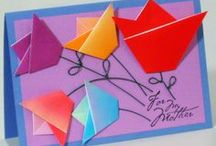 Origami Creations / Turn ordinary sheet to extraordinary paper crafts with a few folds.