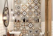 Banheiros e Lavabos / Bathrooms and Toilets / Banheiros de todos os tamanhos com os mais variados acabamentos.