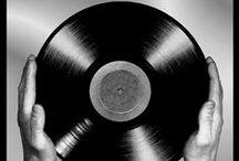 music / by Isabella Molina