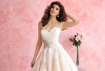Ball Gown Wedding Dresses / Ball gowns and princess gowns for your special day. Fairytale wedding dresses.