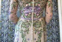 Moon River Wisteria & Botticelli Bloom- Hermione de Paula / Clemency  Website: https://www.hermionedepaula.com/ Instagram: https://www.instagram.com/hermionedepaula/