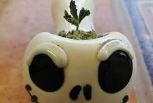 (Weed Pipes/Bongs) / by Khaleesi <3