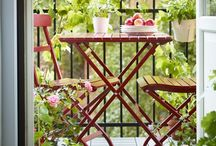 My Dream Balcony / Inspiration, DIY, and tips for creating the (small) balcony of my dreams.