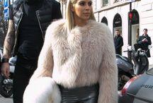 Kim Kardashian in fur / LA diva de la fourrure qui tout les hiver nous subliment avec ses extraordinaires manteaux de fourrure