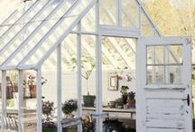 Greenhouses and conservatories / Where I would like to be right now!