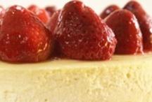 Desserts / by Lucy Mio