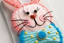 Kids Cakes & Party Food / Fabulous children's birthday cakes, cake pops, cupcakes and sweet treats.