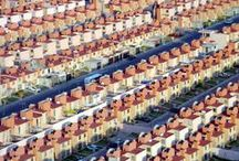 Housing - MASS HOUSING / These divisions grouped endless rows of houses, housing becoming bedroom communities (tugurios).