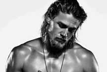 Charlie Hunnam v. Travis Fimmel / These two incredibly hot stars MUST have been separated at birth!  Loving Sons of Anarchy and Vikings.