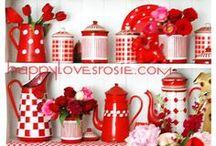 Kitchens and your Things  /  Cozinhas e suas Coisas / Decoration and organization. Decoração e organização.