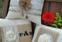 Lace and Burlap / Decoration